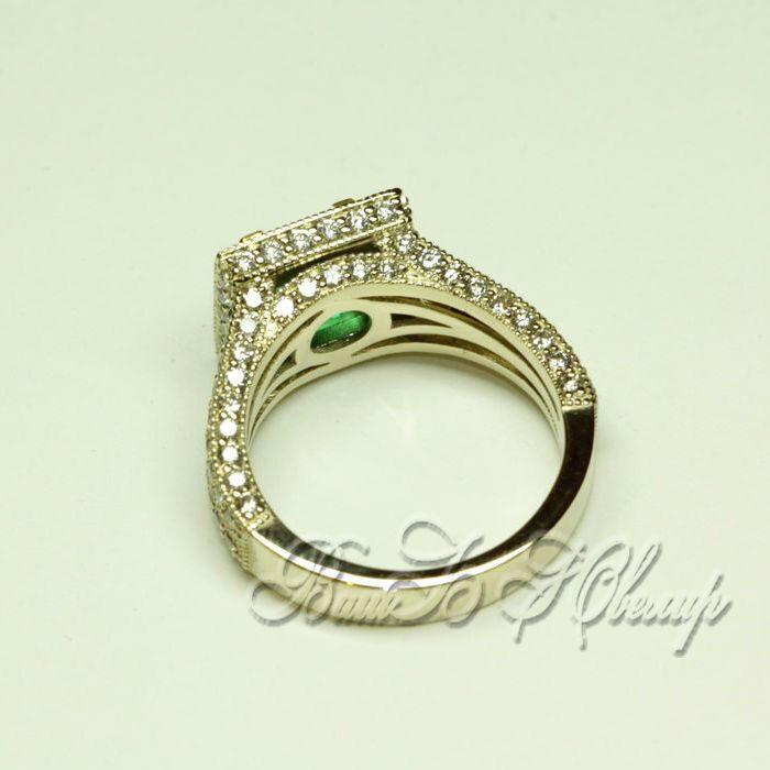 Золотое кольцо с квадратным изумрудом выполненое на заказ по фото заказчика. . Изумруд и предоставил заказчик