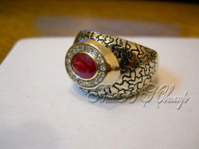 Мужской перстень из серебра с рубином